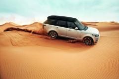 2013-Range-Rover-in-Morocco-1