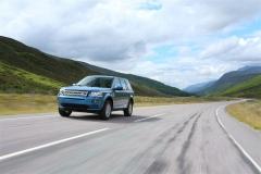 2013_Land_Rover_LR2_19