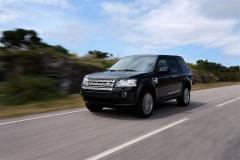 2013_Land_Rover_LR2_20