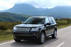 2013_Land_Rover_LR2_26