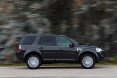 2013_Land_Rover_LR2_27