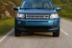 2013_Land_Rover_LR2_28