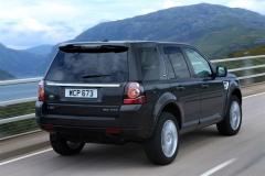 2013_Land_Rover_LR2_29
