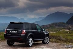 2013_Land_Rover_LR2_33