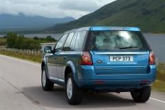 2013_Land_Rover_LR2_34