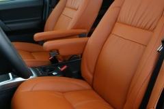 2013_Land_Rover_LR2_38