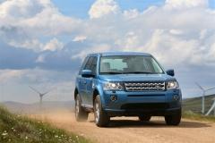 2013_Land_Rover_LR2_42
