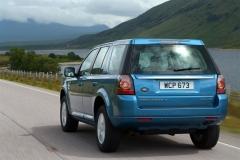 2013_Land_Rover_LR2_54