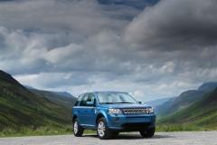 2013_Land_Rover_LR2_60
