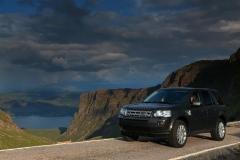 2013_Land_Rover_LR2_63