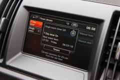 2013_Land_Rover_LR2_9