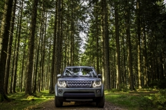 2014-Land-Rover-Discovery-Media-Preview-12
