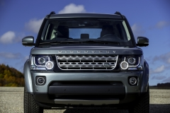 2014-Land-Rover-Discovery-Media-Preview-16