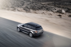 2014-Range-Rover-Sport-in-Motion-1