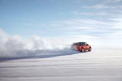 2014-Range-Rover-Sport-in-Motion-19