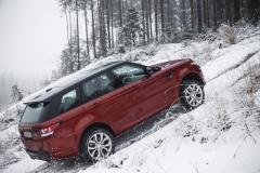 MY2014-Range-Rover-Sport-in-the-Snow-6