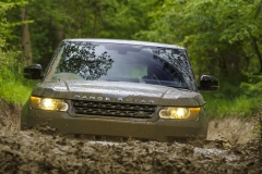 2014-Range-Rover-Sport-Action-Shots-1