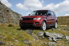 2014-Range-Rover-Sport-Action-Shots-12