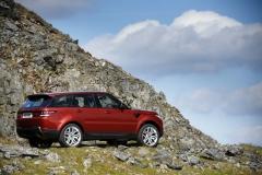 2014-Range-Rover-Sport-Action-Shots-15