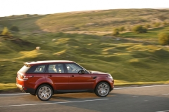 2014-Range-Rover-Sport-Action-Shots-18