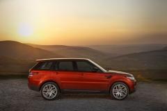 2014-Range-Rover-Sport-Action-Shots-19