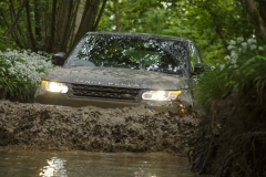 2014-Range-Rover-Sport-Action-Shots-3