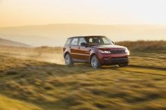 2014-Range-Rover-Sport-Action-Shots-32
