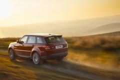 2014-Range-Rover-Sport-Action-Shots-33