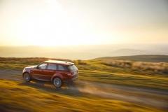 2014-Range-Rover-Sport-Action-Shots-34
