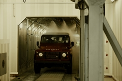 Land-Rover-Defender-Assembly-Line-13
