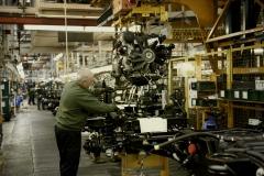 Land-Rover-Defender-Assembly-Line-4