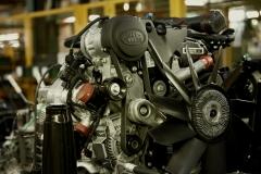 Land-Rover-Defender-Assembly-Line-5