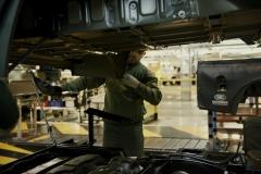 Land-Rover-Defender-Assembly-Line-8