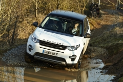 Land-Rover-Discovery-Sport-Off-road-1