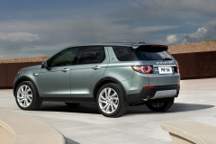 Land-Rover-Discovery-Sport-5