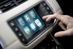 2015-Range-Rover-Evoque-InContol-Apps-2
