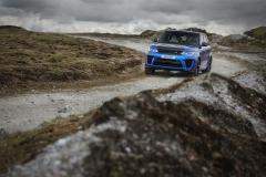 2018-Range-Rover-Sport-SVR-10