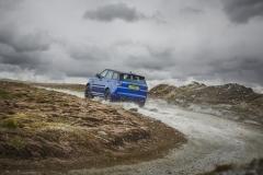 2018-Range-Rover-Sport-SVR-11