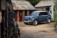 2021-Land-Rover-Defender-Hard-Top-1