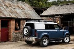 2021-Land-Rover-Defender-Hard-Top-14