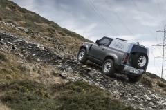 2021-Land-Rover-Defender-Hard-Top-8