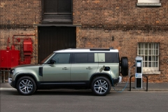 2021-Land-Rover-Defender-PHEV-1