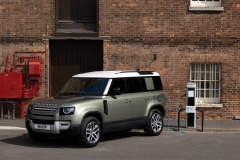 2021-Land-Rover-Defender-PHEV-2