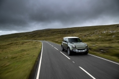 2021-Land-Rover-Defender-PHEV-22