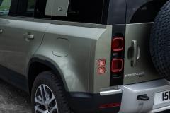 2021-Land-Rover-Defender-PHEV-31