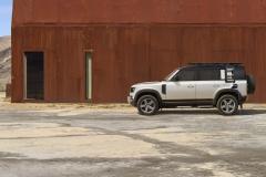 2021-Land-Rover-Defender-PHEV-5
