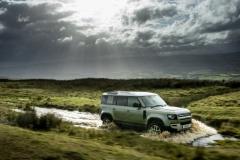2021-Land-Rover-Defender-PHEV-9