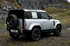 2021-Land-Rover-Defender-X-5