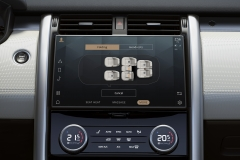 2021-Land-Rover-Discovery-Interiors-13