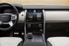 2021-Land-Rover-Discovery-Interiors-3